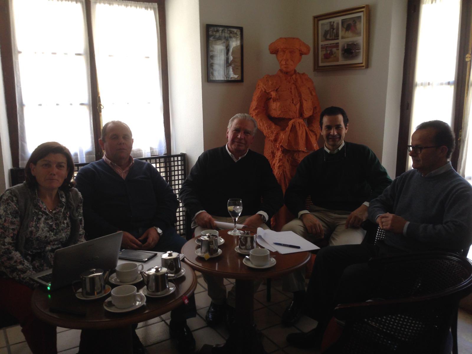Primera reunión de Asfanuca con los técnicos de Diputación para organizar la VI Jornada sobre la familia
