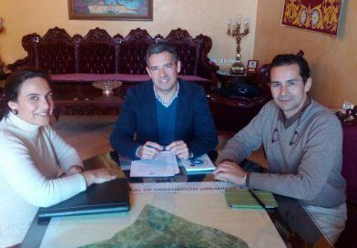 Asfanuca se reúne con el alcalde de Rota, J. Javier Ruiz Arana