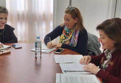 Asfanuca expone las necesidades de las familias a la Delegada del Gobierno de Andalucía en Cádiz, Ana Mestre